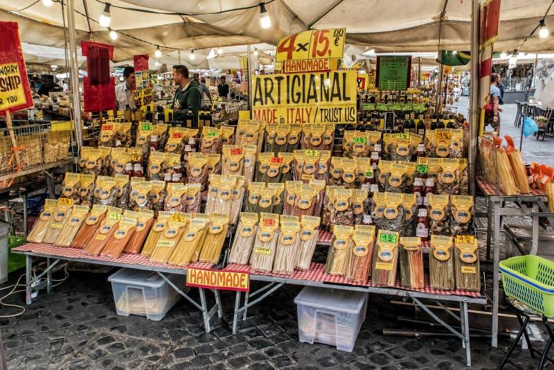 PastaStall, Campo de ` Fiori arkivbild