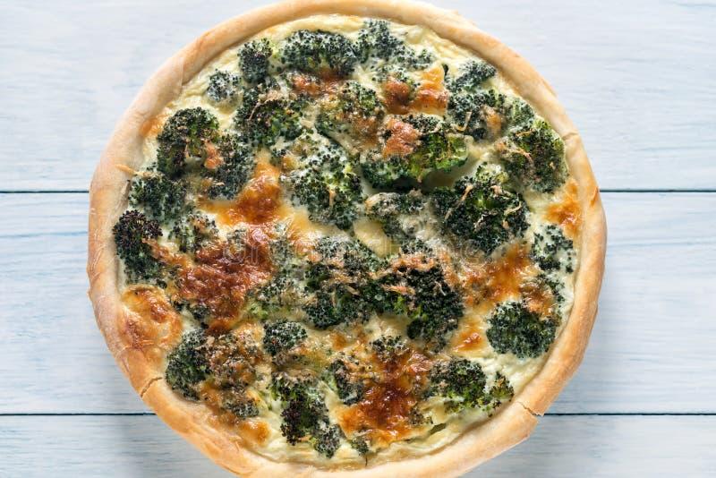 Pastei met broccoli en kaas stock foto