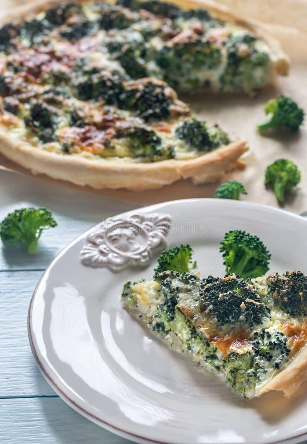 Pastei met broccoli en kaas stock afbeeldingen