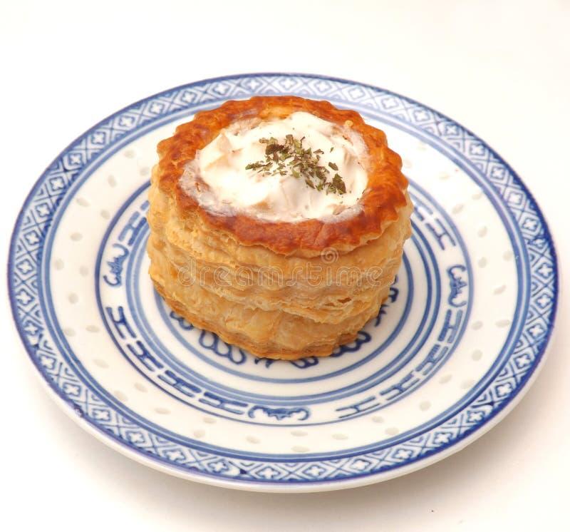 Pastei met een hutspot van kip wordt gevuld die royalty-vrije stock foto's