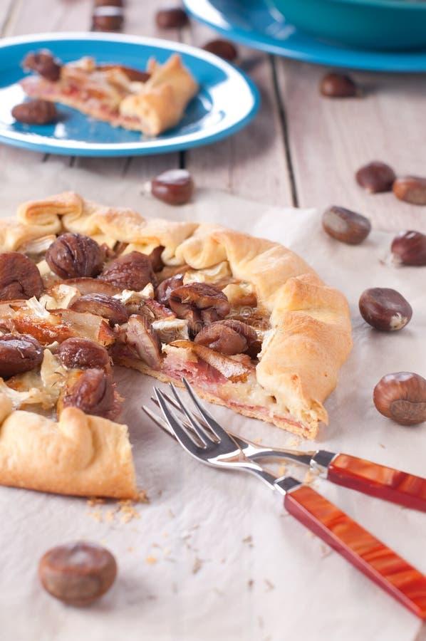 Pastei met peer en ham stock afbeelding