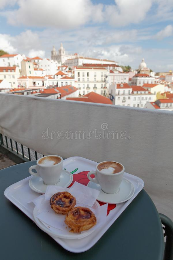 ` Pasteis DE nata ` als typische Portugese koekjes stock fotografie