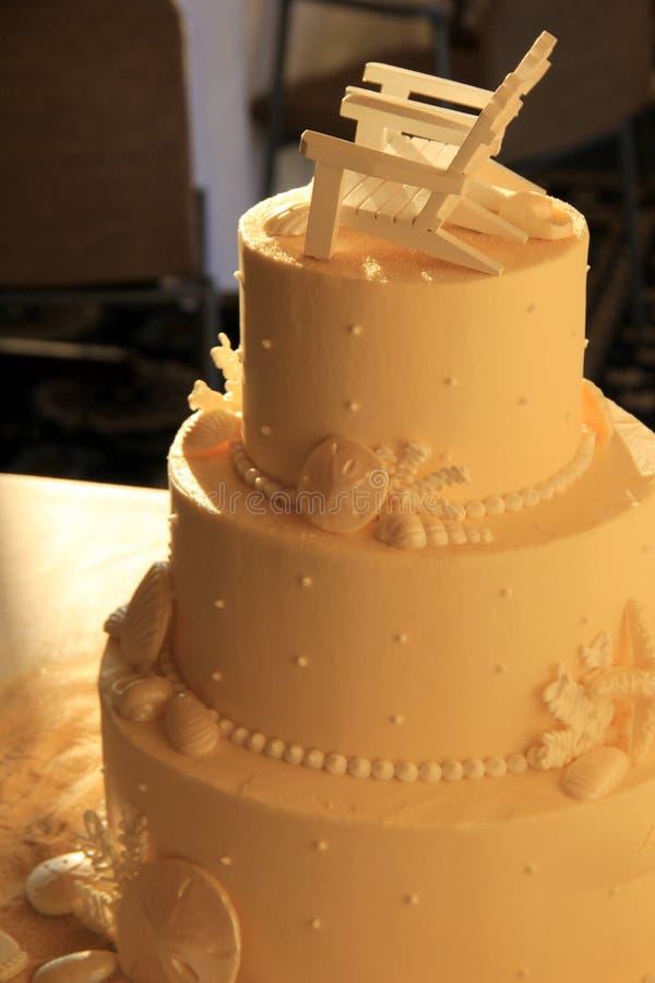 Pastel De Bodas Delicioso Con El Primero De La Silla De Adirondack ...