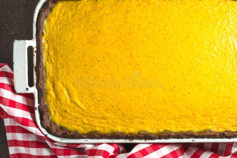 Pastel de calabaza del chocolate para el primer del Día de Acción de Gracias imagen de archivo