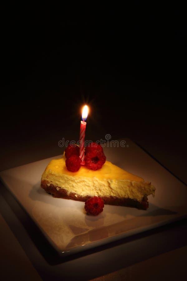 Pastel de queso de las frambuesas imágenes de archivo libres de regalías