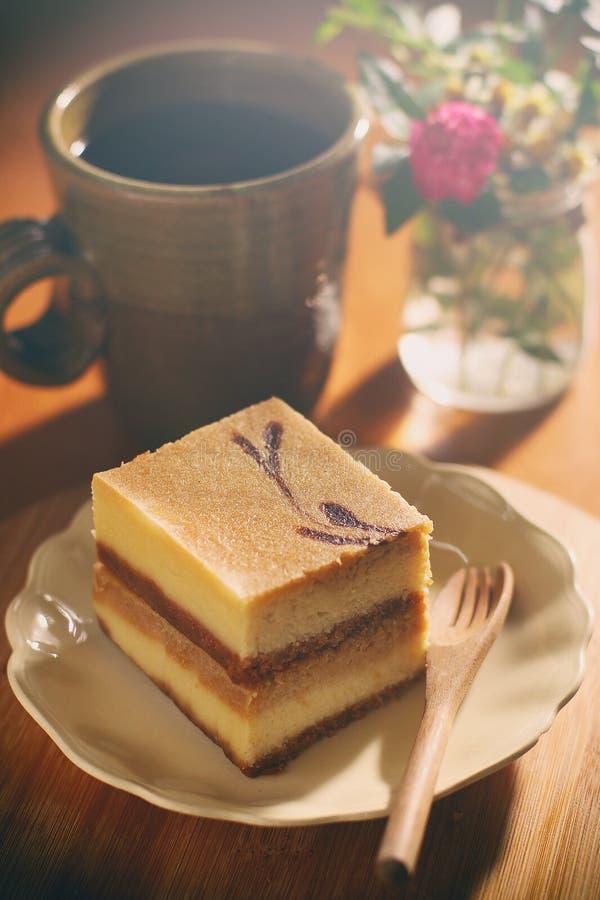 Pastel de queso del coco imagen de archivo libre de regalías