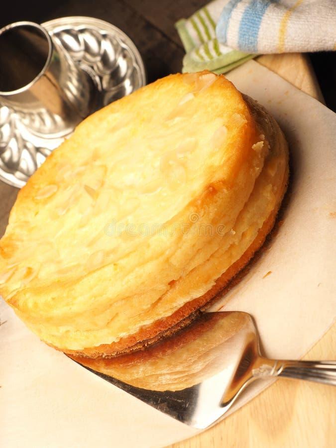 Pastel de queso dulce sabroso imagenes de archivo