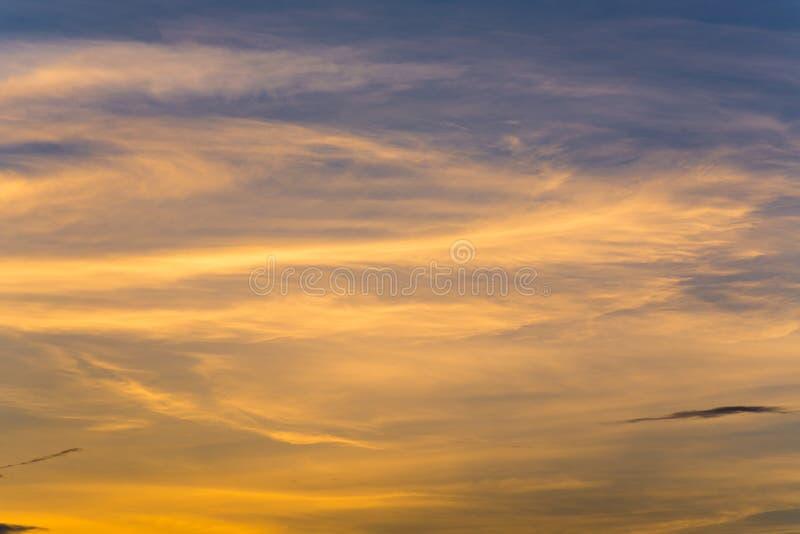 Download Pastel Del Cielo De La Nube Imagen de archivo - Imagen: 40829841