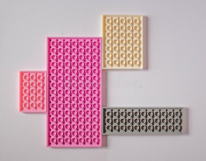 Pastellf?rgad rosa modell med utrymme f?r text vektor illustrationer