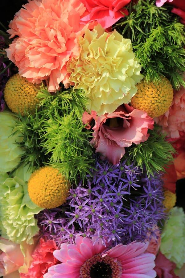Download Pastellhochzeitsblumen stockfoto. Bild von bunt, gartennelke - 90231964