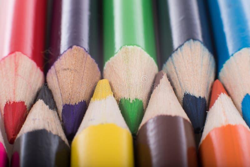 Pastelli interfogliati su una composizione immagini stock libere da diritti