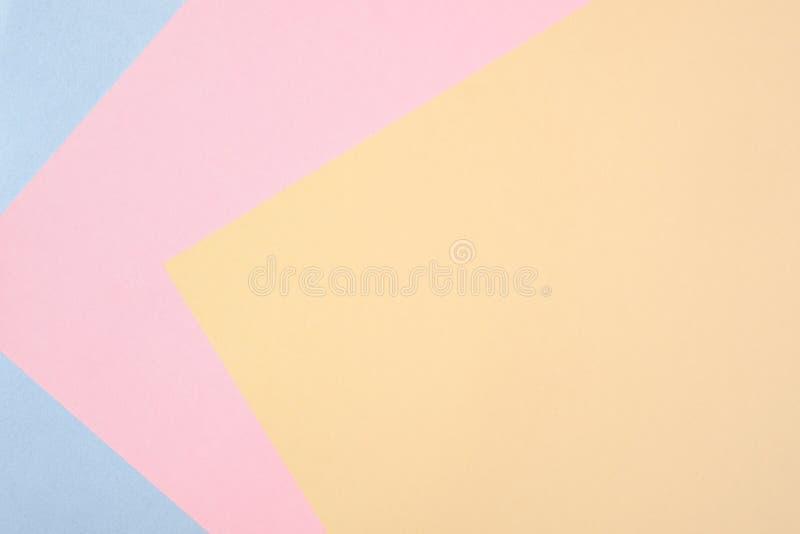 Pastellpapierfarbenhintergrund, Mehrfarbenhintergrund von der Pappe von verschiedenen Farben, bunte abstrakte geometrische Formen lizenzfreie stockfotografie