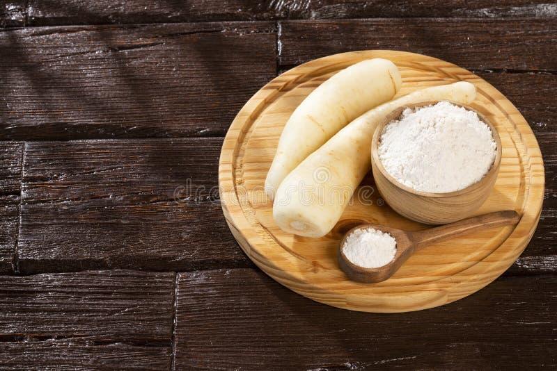 Pasternaki, selerowy creole, racacha, virraca, biała marchewka - Arracacia xanthorrhiza fotografia stock
