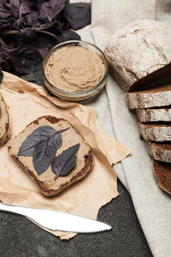 Pasticcio di fegato dell'anatra, aperitivo casalingo fotografie stock libere da diritti