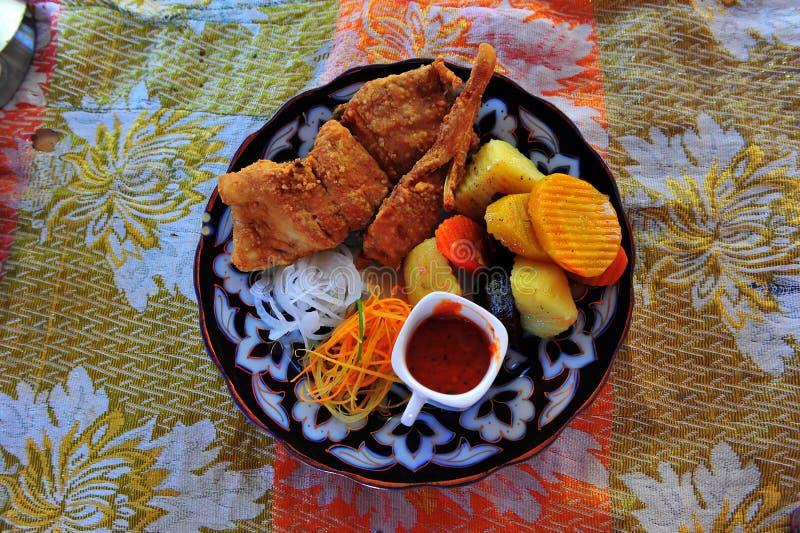 Pasto tradizionale dell'Uzbeco fotografie stock libere da diritti
