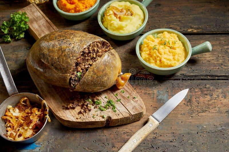 Pasto tradizionale di haggis per Robert Burns Supper fotografie stock libere da diritti