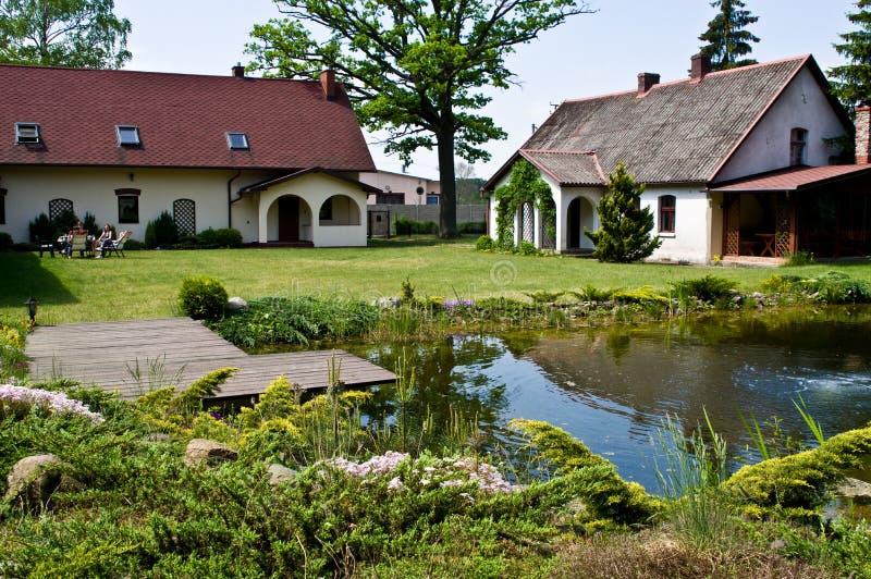 Pastoralny wiejski dom w północnym Polska zdjęcie royalty free