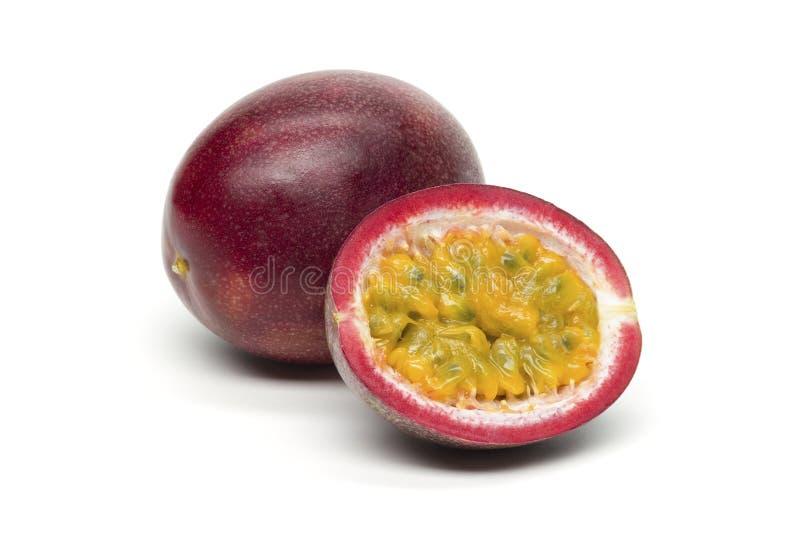 Pasyjna owoc na białym tle obraz stock