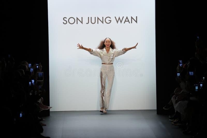 Pat Cleveland walks the runway at the Son Jung Wan Runway. NEW YORK, NY - SEPTEMBER 10: Pat Cleveland walks the runway at the Son Jung Wan Runway during New York stock photos