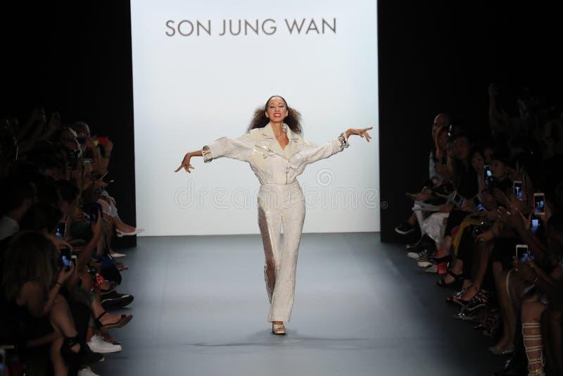Pat Cleveland walks the runway at the Son Jung Wan Runway. NEW YORK, NY - SEPTEMBER 10: Pat Cleveland walks the runway at the Son Jung Wan Runway during New York royalty free stock images
