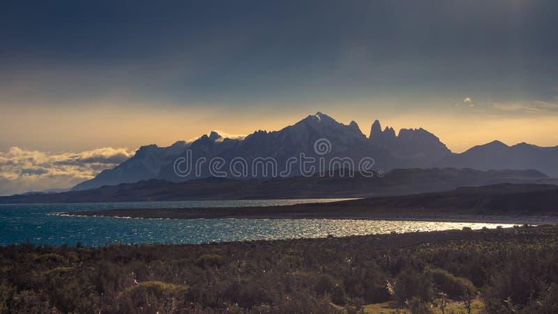 Patagonia, Chile - Torres del Paine, en el campo de hielo patagón meridional, región de Magellanes de Suramérica imagenes de archivo