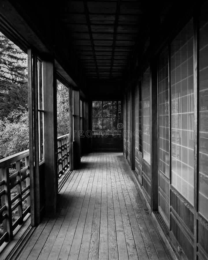 Patamar da casa de chá em jardins de Hakone fotos de stock