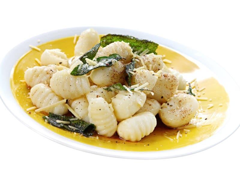 Patata Gnocchi con mantequilla sabia imagen de archivo