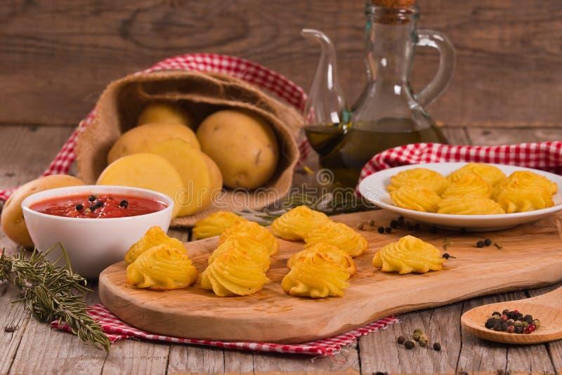 Patatas de la duquesa imagen de archivo libre de regalías