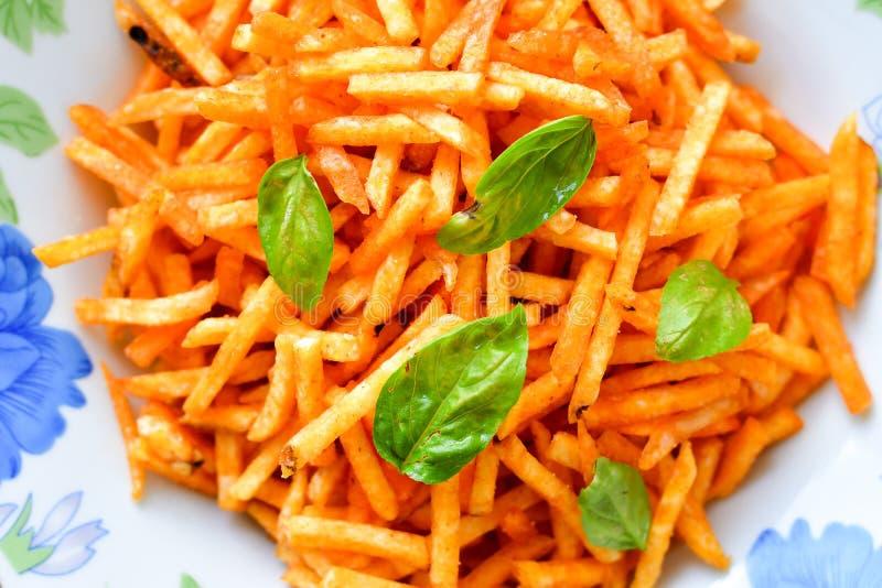 Patatas fritas de la paprika fotos de archivo