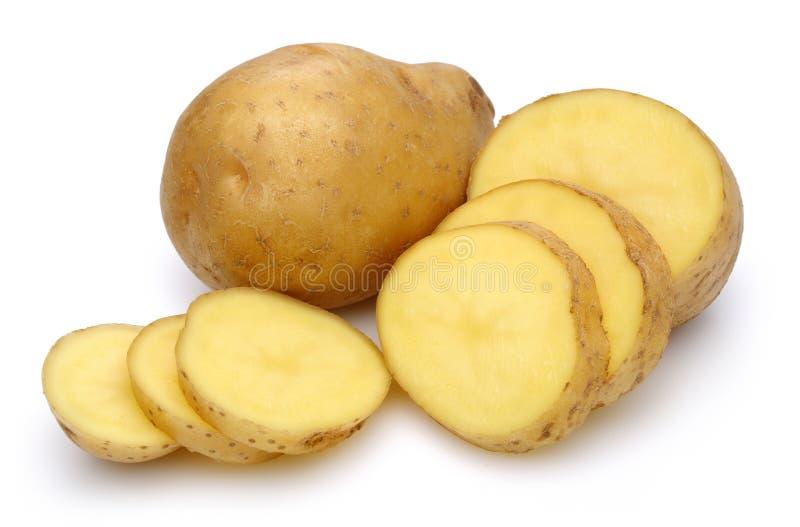Patate crude e patate affettate immagine stock libera da diritti