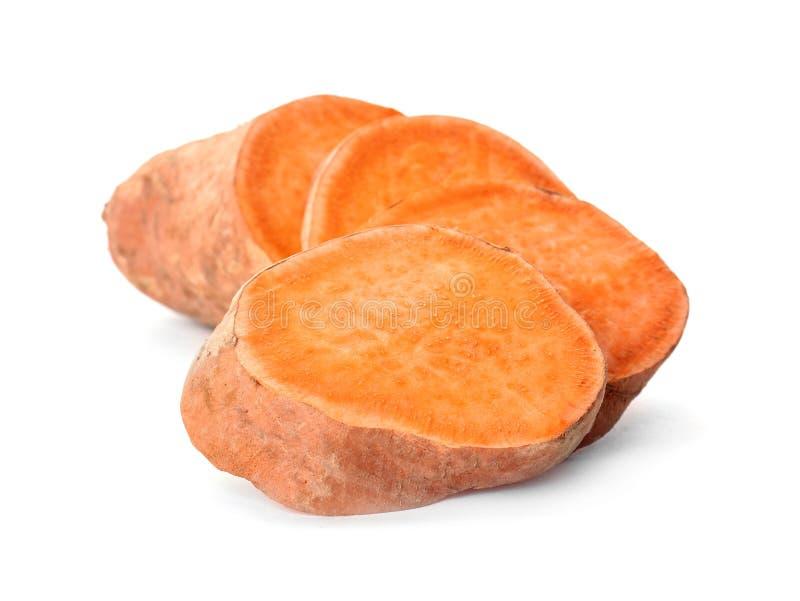 Patate douce coupée en tranches, d'isolement photos libres de droits