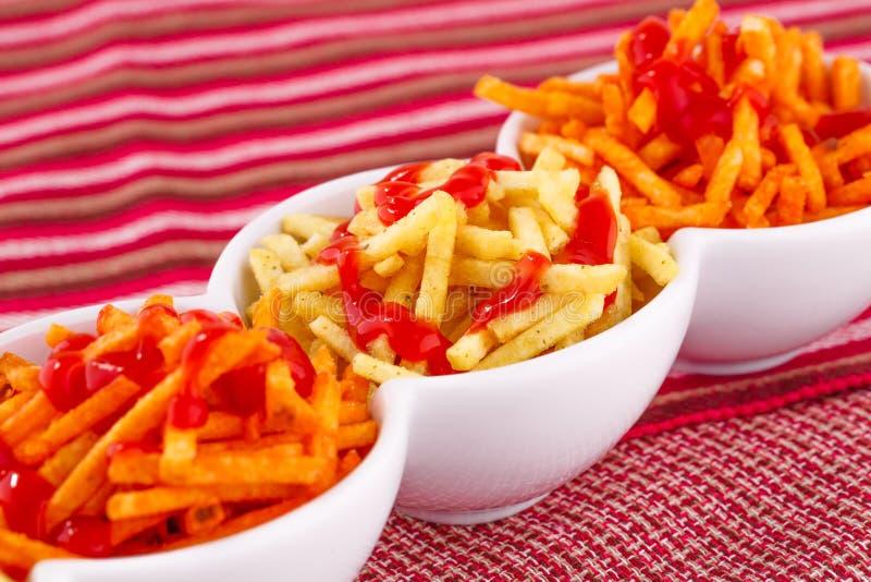 Patatine fritte con ketchup fotografia stock libera da diritti