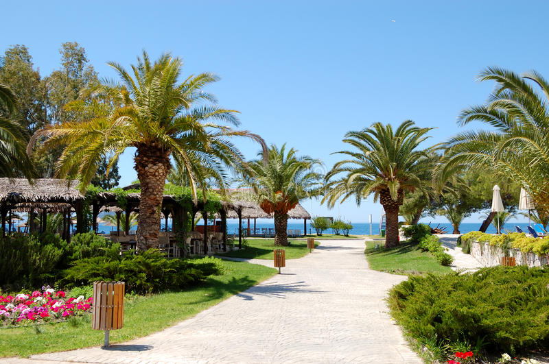 Download Path To Beach At The Luxury Hotel Royalty Free Stock Photos - Image: 30020838