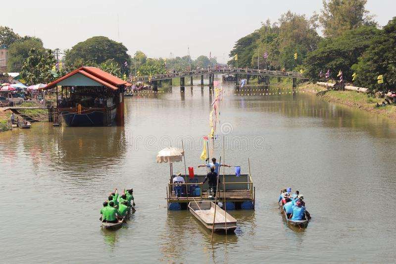 PATHUMTHANI, THAILAND-NOVEMBER 4,2018:Subdistrict Municipality T. Hanyaburi competition has boat stainless steel.The canal area in front of Aiyikaram Temple to stock photos