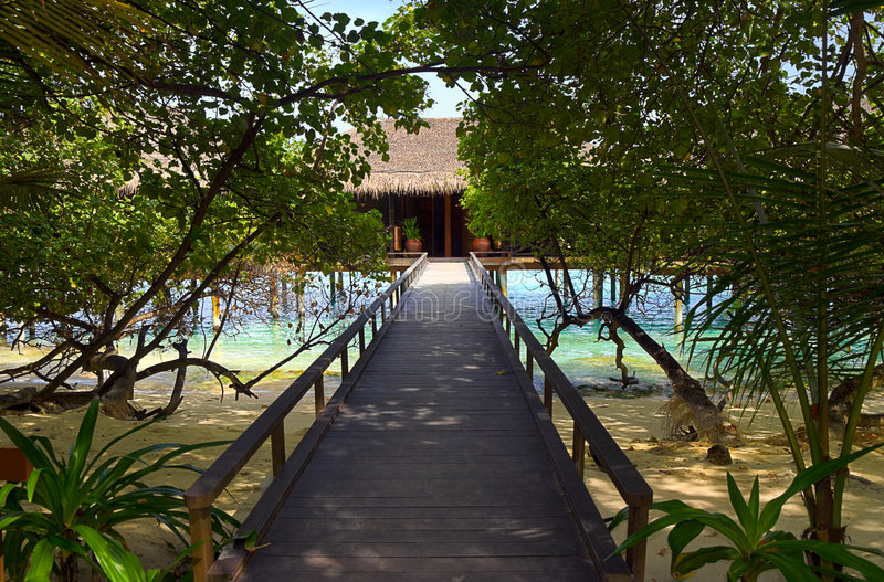 Download Pathway To Water Bungalow Stock Photo - Image: 8142770