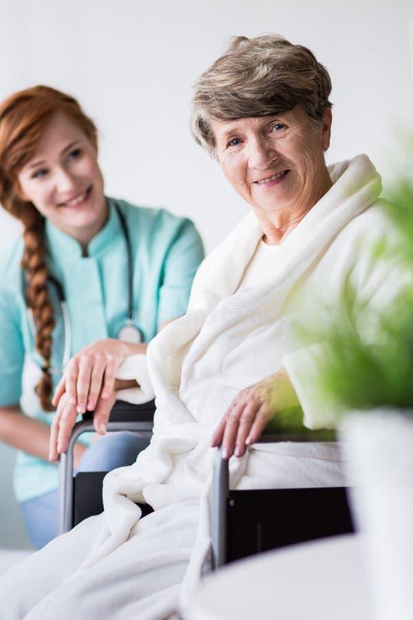 Patiënt met positieve stemming royalty-vrije stock foto
