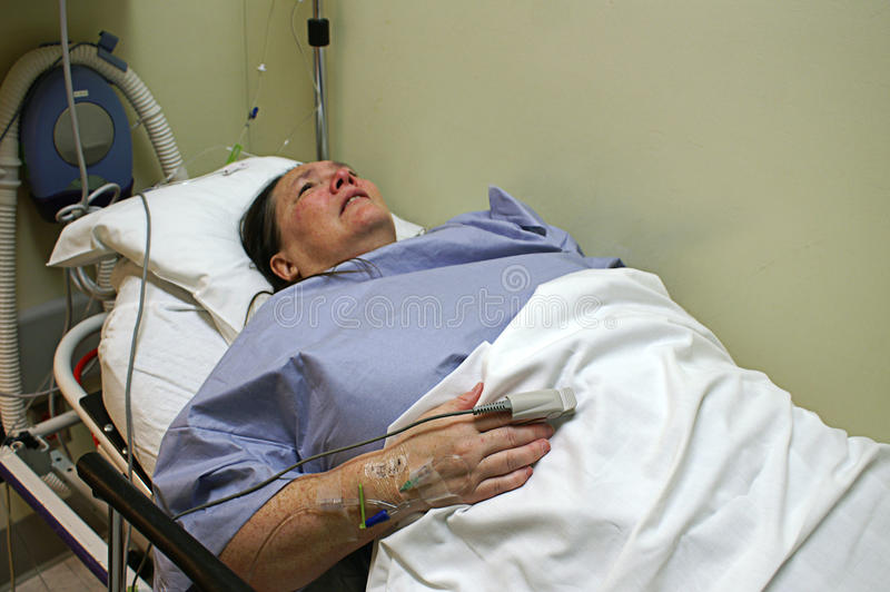 Download Patient In Emergency Room Bed Royalty Free Stock Images - Image: 28067439
