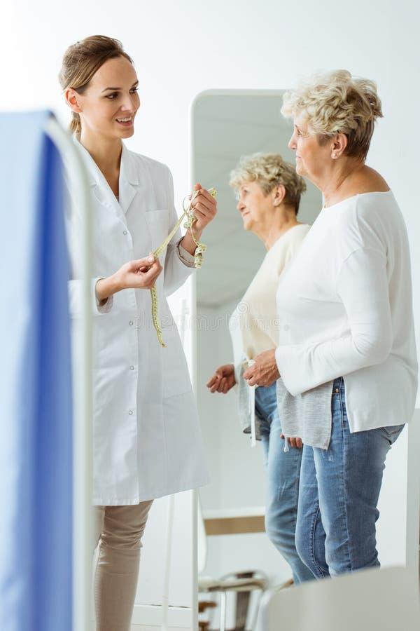 Patient med näringsrikt problem royaltyfri foto