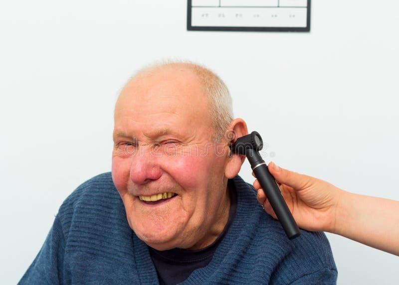 Patient plus âgé heureux image stock