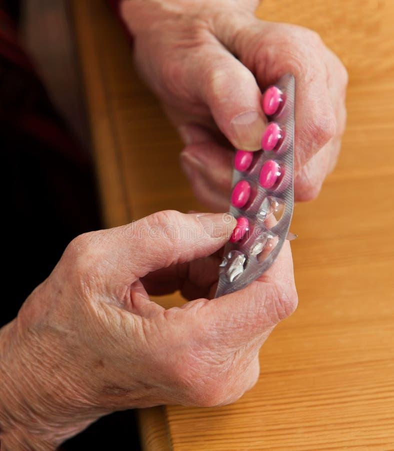 Patients avec la drogue et les tablettes photos libres de droits
