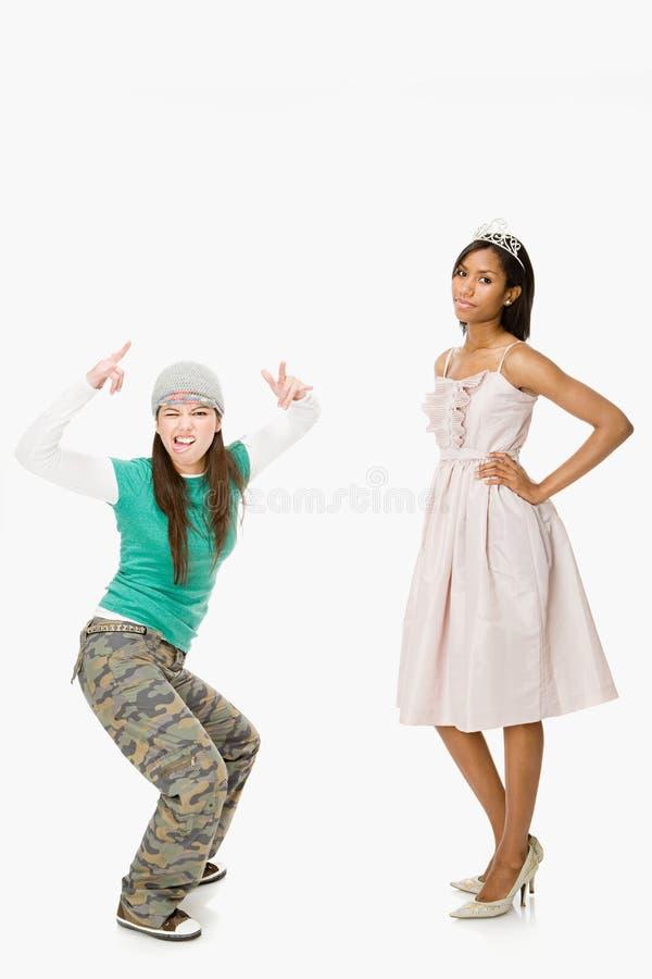 Patinador y reina de baile de fin de curso imagenes de archivo