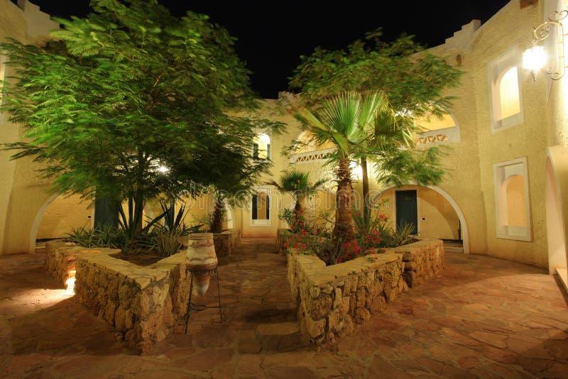 patio ξενοδοχείων εισόδων στοκ εικόνες