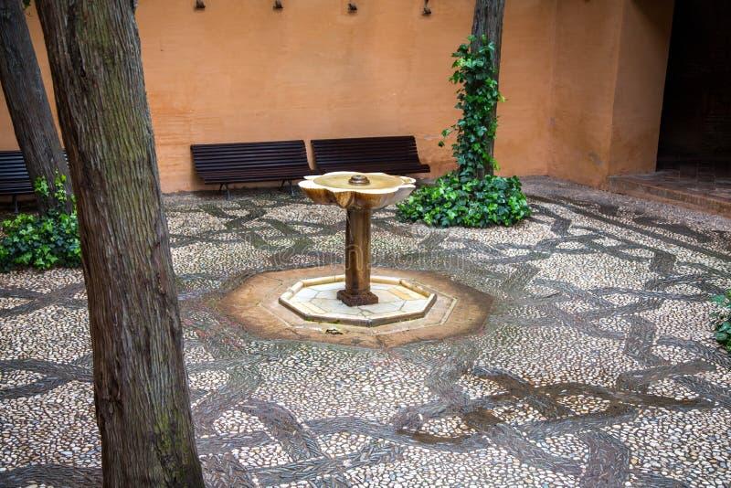 Patio, Alhambra image libre de droits