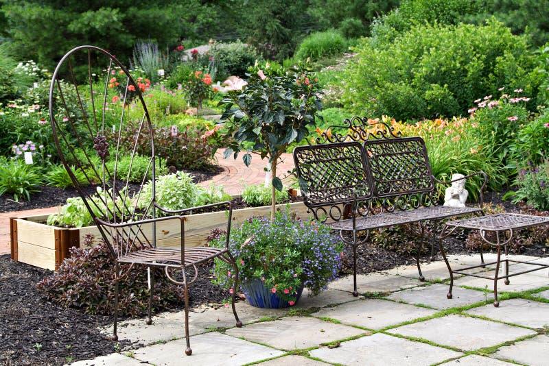Patio de jardin photos libres de droits