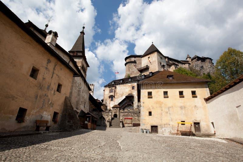 Patio del castillo de Orava foto de archivo libre de regalías