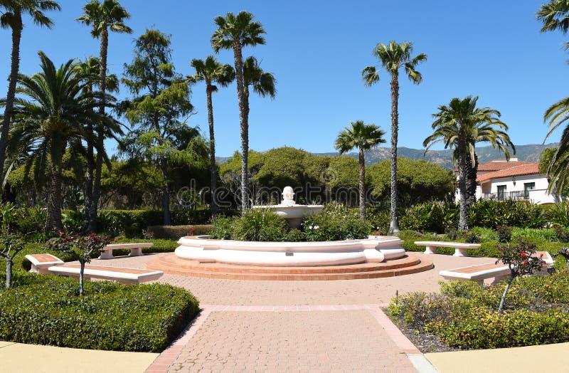 Patio en Hilton Santa Barbara Beachfront Resort foto de archivo