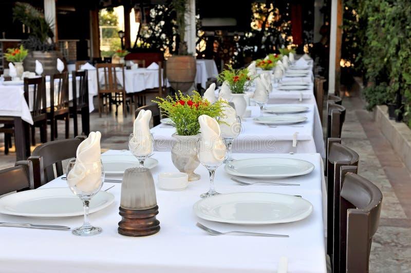 Patio restauracyjni stoły obraz royalty free