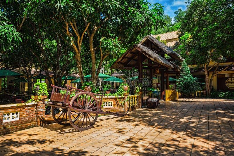 Patio vietnamita en la isla Vinpearl foto de archivo