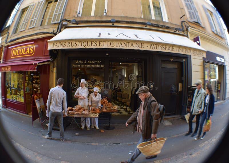 Patisserie Пол Boulangerie, рута Marchal Foch, AIX-en-Провансаль, Bouches-du-Рона, Франция стоковые изображения rf