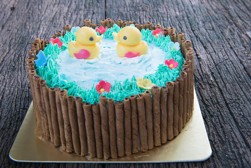 Pato da geleia no bolo bonito fotografia de stock